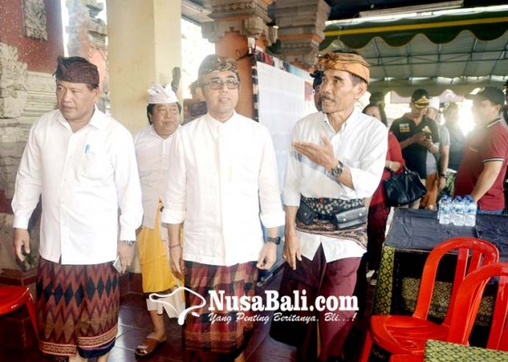 Nusabali.com - jaya-negara-pantau-kesiapan-pilkel-di-masing-masing-desa