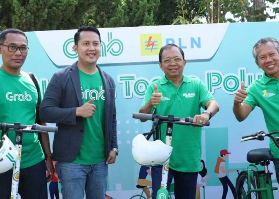 Nusabali.com - gubernur-siapkan-pergub-kendaraan-listrik