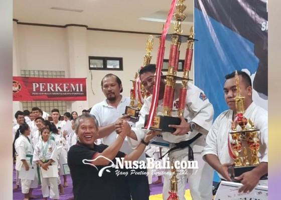 Nusabali.com - buleleng-juara-kempo-hln-cup