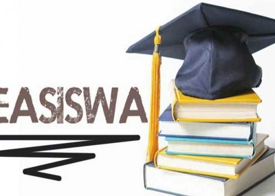 Nusabali.com - beasiswa-mahasiswa-belum-cair-tiga-pt-tanpa-pengajuan