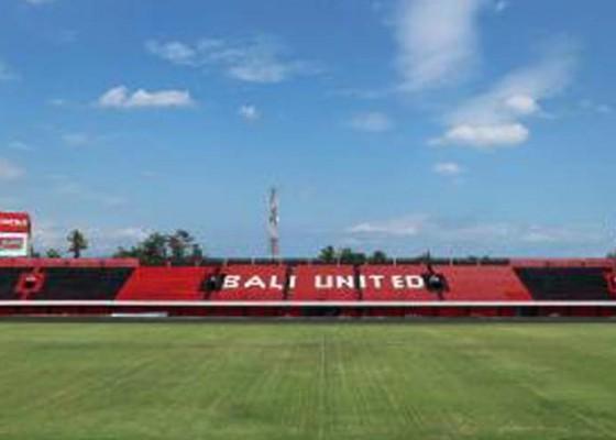 Nusabali.com - stadion-dipta-bergantung-fifa