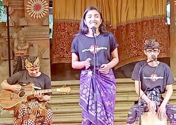 Nusabali.com - suguhkan-musikalisasi-puisi-bertema-alam-dan-spritual