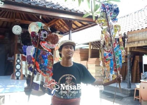 Nusabali.com - kreasikan-wayang-kontemporer-berbahan-plastik