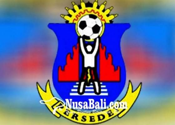 Nusabali.com - perseden-pertahankan-pemain-zona-provinsi