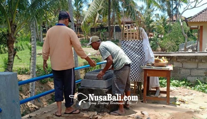 www.nusabali.com-pascakesurupan-siswi-smpn-di-timuhun-bangun-2-palinggih