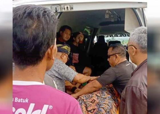 Nusabali.com - diduga-stroke-tewas-di-bale-subak
