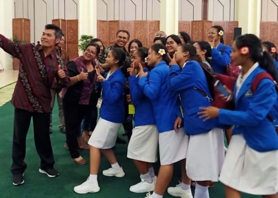 Nusabali.com - smkn-1-bangli-terhenti-di-semifinal-lcc-empat-pilar-mpr
