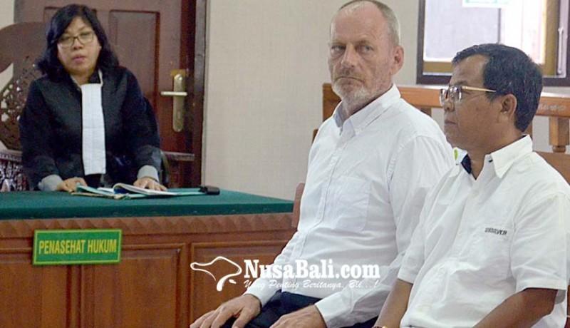www.nusabali.com-jual-kerangka-satwa-dilindungi-bule-belanda-dituntut-3-tahun