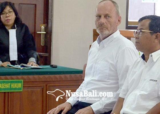 Nusabali.com - jual-kerangka-satwa-dilindungi-bule-belanda-dituntut-3-tahun