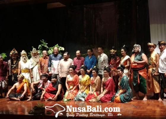 Nusabali.com - sumpah-rama-parasu-kolaborasi-dua-teater-badung-klungkung
