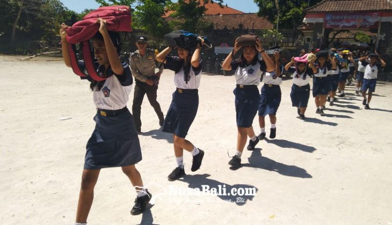 www.nusabali.com-gempa-ratusan-siswa-taman-sastra-dievakuasi-ke-bukit-four-season