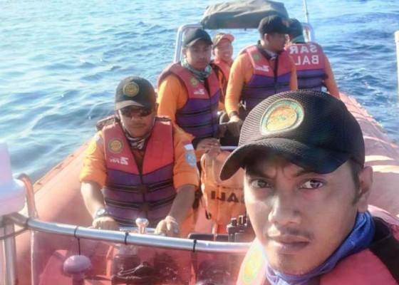 Nusabali.com - pencarian-hari-ketiga-penumpang-kapal-yang-jatuh-di-selat-bali-belum-ditemukan
