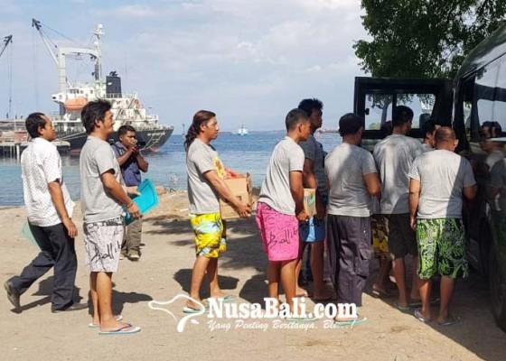 Nusabali.com - korban-kapal-terbakar-dipulangkan-ke-probolinggo