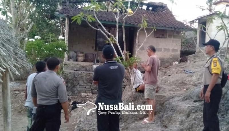 www.nusabali.com-korsleting-listrik-rumah-terbakar