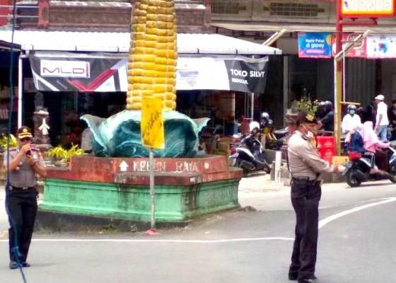 Nusabali.com - libur-akhir-pekan-wisatawan-membeludak-di-baturiti