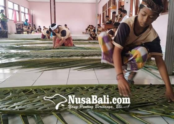 Nusabali.com - lagi-anggaran-bangku-untuk-smp-baru-kandas