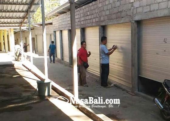 Nusabali.com - pedagang-pasar-darurat-banyuasri-bakal-kembalikan-hak-usaha