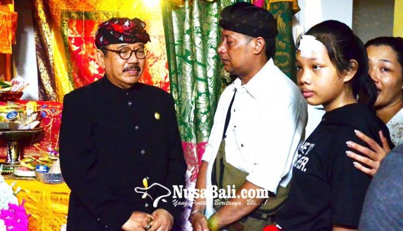 www.nusabali.com-wagub-cok-ace-majenukan-ke-rumah-duka