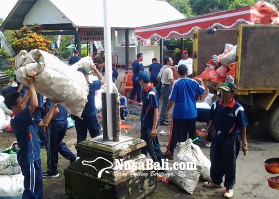 Nusabali.com - dprd-buleleng-dorong-penerapan-perda-sampah