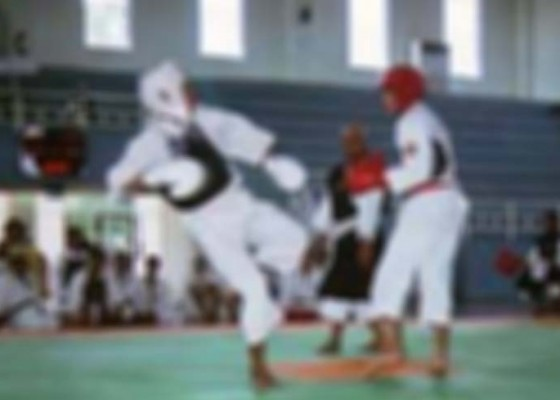 Nusabali.com - bali-kirim-17-atlet-target-loloskan-12-kenshi