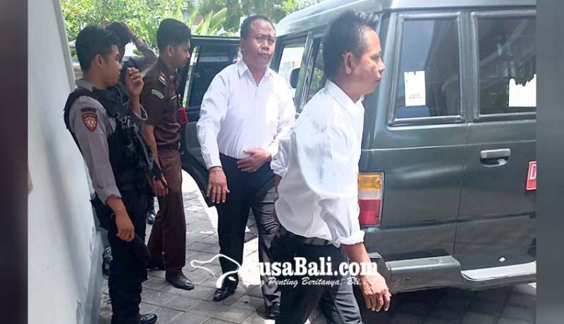 www.nusabali.com-korupsi-pelinggih-rp-70-juta-divonis-25-tahun