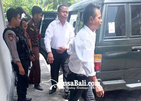 Nusabali.com - korupsi-pelinggih-rp-70-juta-divonis-25-tahun