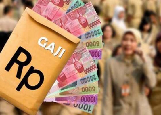 Nusabali.com - gaji-tenaga-kontrak-di-buleleng-sedot-rp-90-miliar