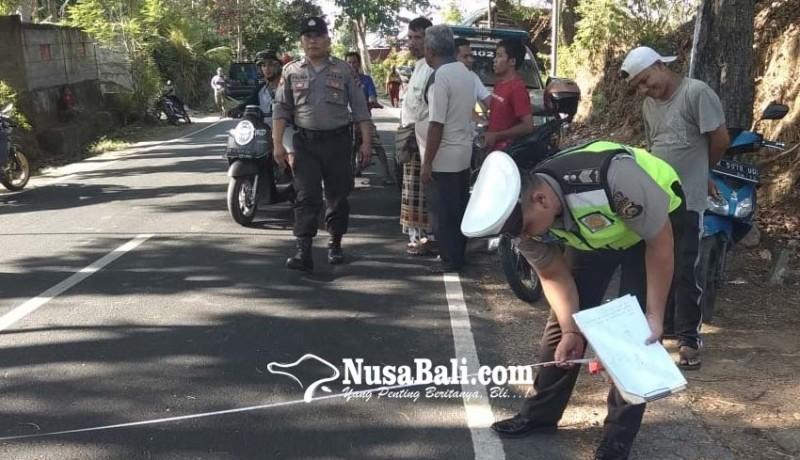 www.nusabali.com-potong-jalan-mahasiswa-tertabrak-colt-di-kubutambahan