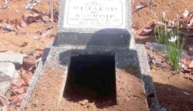 www.nusabali.com-puluhan-makam-kembali-digali