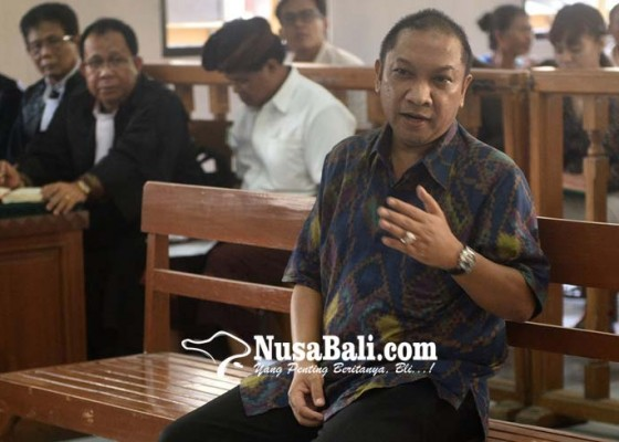 Nusabali.com - eks-kepala-bpn-badung-kecipratan-rp-10-miliar