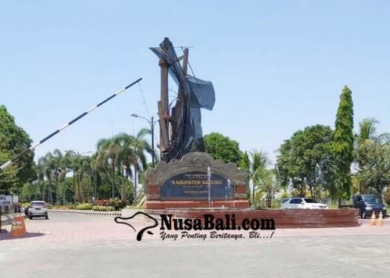 Nusabali.com - penjagaan-di-puspem-badung-diperketat