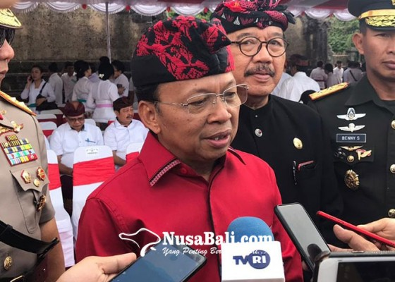 Nusabali.com - koster-bakal-periksa-pergub-lama-penghambat-investasi