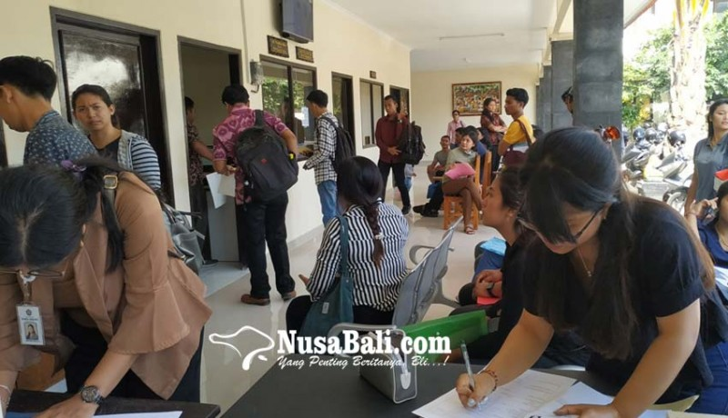 www.nusabali.com-rekrutmen-cpns-dibuka-pemohon-skck-membeludak