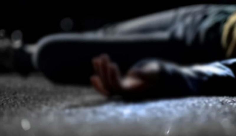 www.nusabali.com-hantam-beton-pemotor-tewas-di-tkp