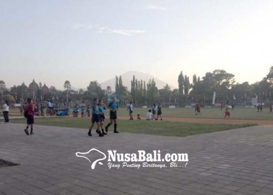 Nusabali.com - orang-tua-siswa-keluhkan-cfd