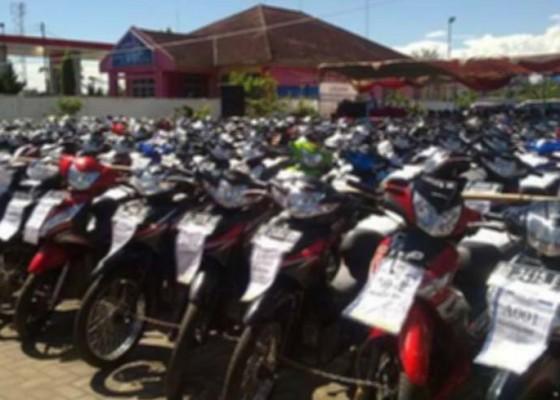 Nusabali.com - lelang-motor-dinas-terhambat
