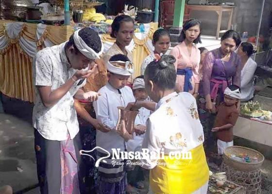 Nusabali.com - sapuh-leger-massal-di-atas-jembatan-diikuti-86-peserta