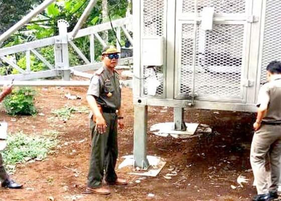 Nusabali.com - satpol-pp-temukan-tower-diduga-bodong