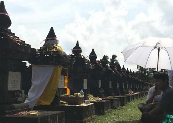 Nusabali.com - puputan-margarana-keluarga-pejuang-gelar-tradisi-mamunjung