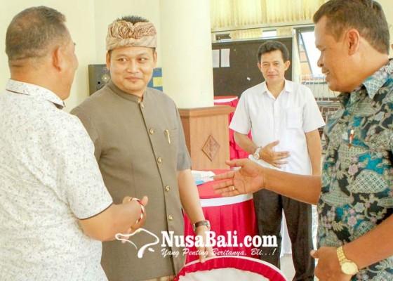 Nusabali.com - perbekel-terpilih-diharapkan-buat-program-besar
