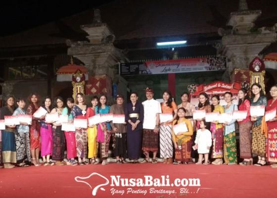 Nusabali.com - putri-suastini-koster-buka-pameran-perupa-perempuan-bali