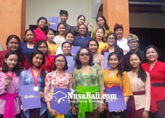 Nusabali.com - 21-siswa-berhasil-sabet-1-medali-emas-2-perak-dan-2-perunggu