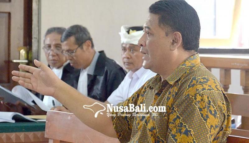 www.nusabali.com-terdakwa-wayan-wakil-kritis