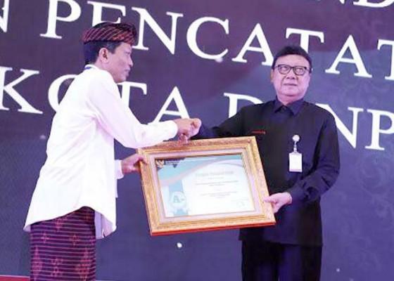 Nusabali.com - tiga-opd-kota-denpasar-raih-penghargaan-pelayanan-publik-dari-kemenpan-rb