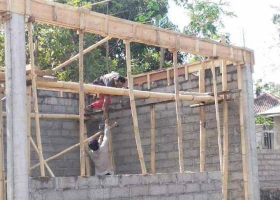 Nusabali.com - perbekel-tianyar-tengah-bangun-taman-bacaan
