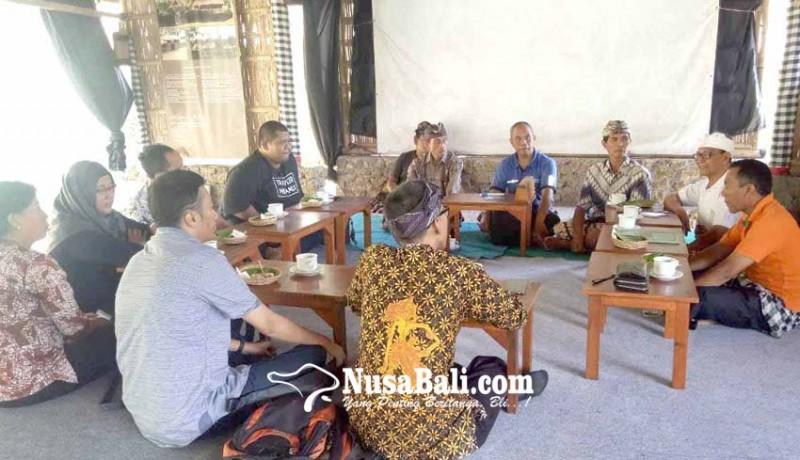 www.nusabali.com-tim-kongres-aksara-jawa-studi-ke-dukuh-penaban