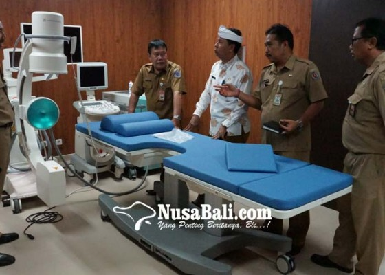 Nusabali.com - sekda-rai-iswara-sidak-rsud-wangaya