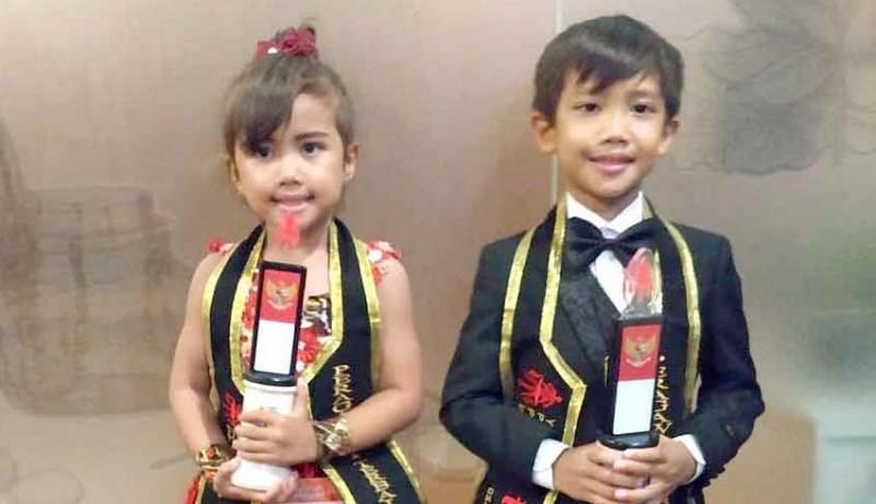 www.nusabali.com-kakak-adik-sebagai-peragawan-peragawati-cilik-terbaik-indonesia