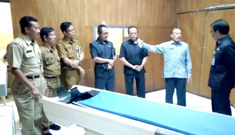 www.nusabali.com-dewan-dorong-pengadaan-ct-scan