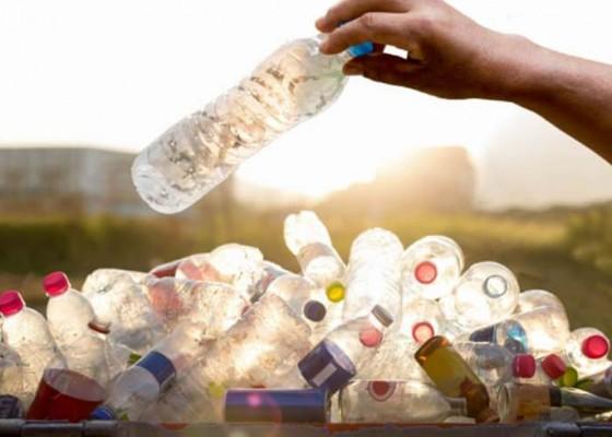 Nusabali.com - forum-perbekel-sosialisasi-pergub-timbunan-sampah-plastik